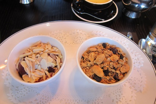 Yoghurt and Granola